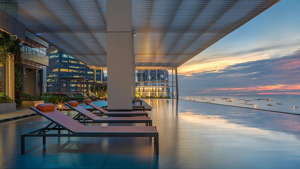 wallich residence sky pool